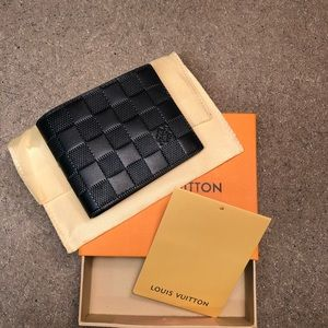 Louis Vuitton Damier Infini Leather wallet